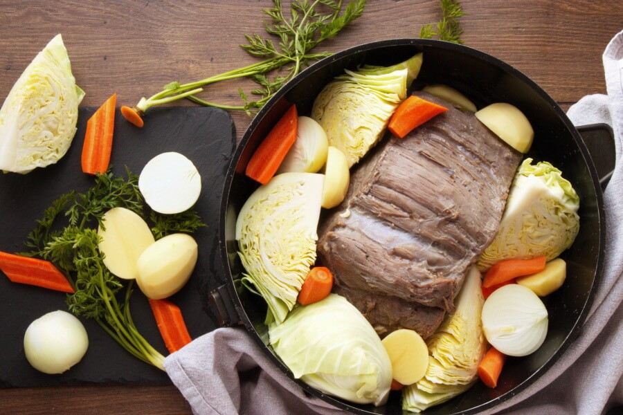 Oven Baked Corn Beef and Vegetables recipe - step 2