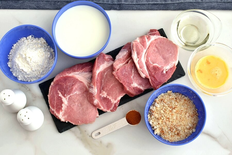 Ingridiens for Pork Cutlets with Panko and Gravy