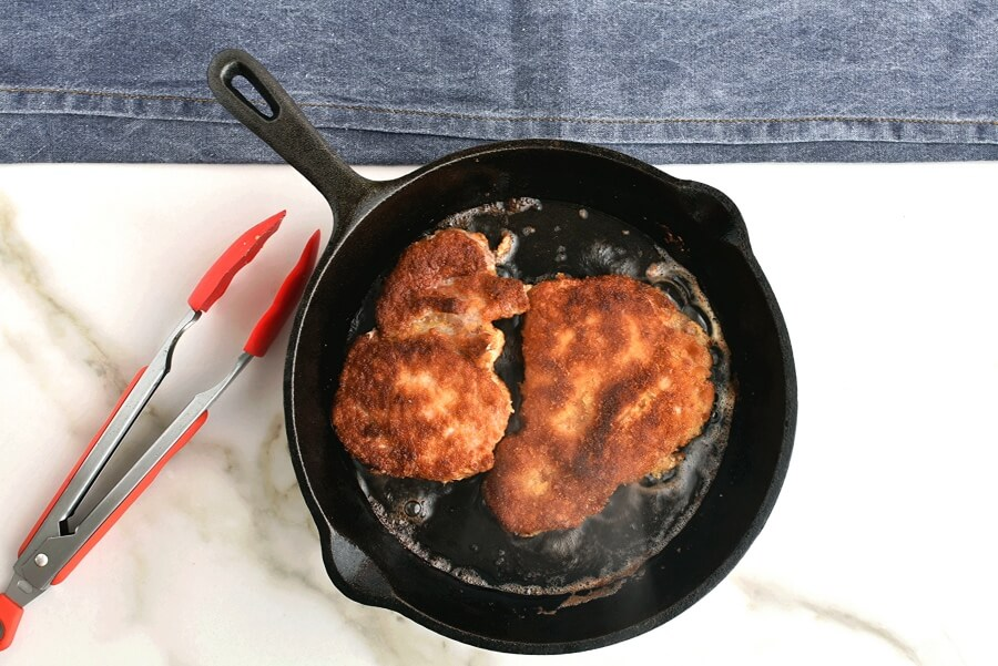 Pork Cutlets with Panko and Gravy recipe - step 5
