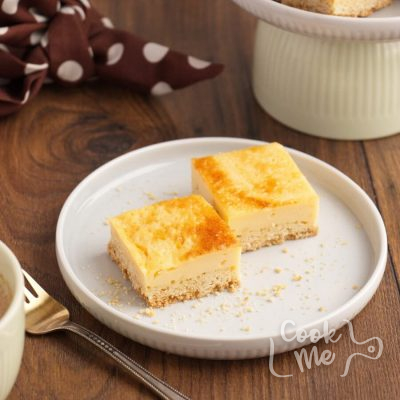 Quick and Easy Chess Squares Recipe-Chess Squares-Butter Cake Chess Squares