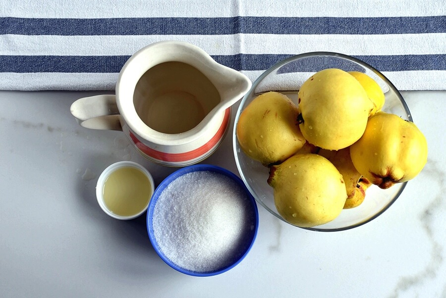Quince Preserves in Syrup Recipe-How To Make Quince Preserves in Syrup-Delicious Quince Preserves in Syrup