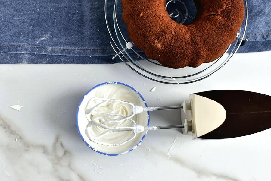 Sour Cream Pound Cake recipe - step 11