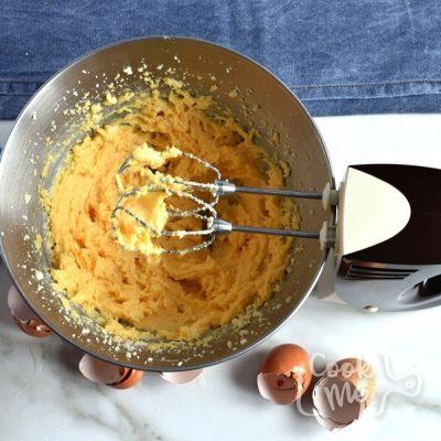 Sour Cream Pound Cake recipe - step 3