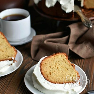 Sour Cream Pound Cake Recipe-How To Make Sour Cream Pound Cake Recipe-Delicious Sour Cream Pound Cake Recipe