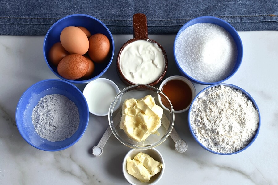 Ingridiens for Sour Cream Pound Cake