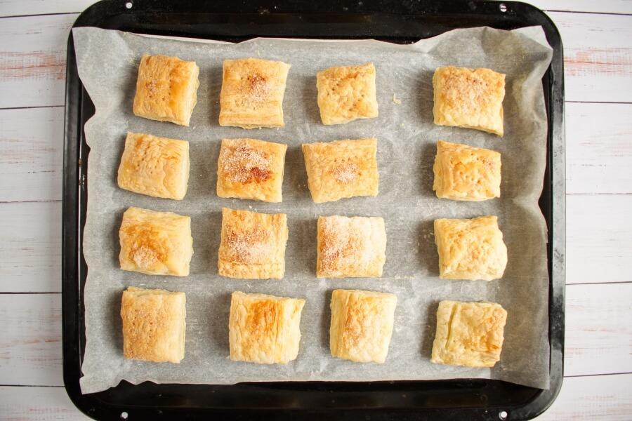 Sporcamuss Italian Cream Filled Pastries recipe - step 8