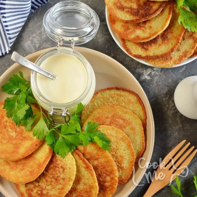 Traditional Hanukkah Potato Latkes Recipe-How To Make Traditional Hanukkah Potato Latkes-Delicious Traditional Hanukkah Potato Latkes