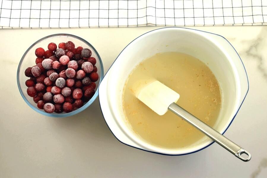 Walnut-Cranberry Pie recipe - step 2