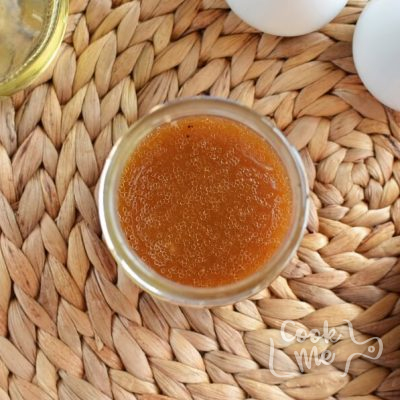 Winter Persimmon and Avocado Salad recipe - step 1