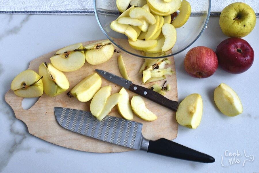 Apple Raisin Casserole recipe - step 2