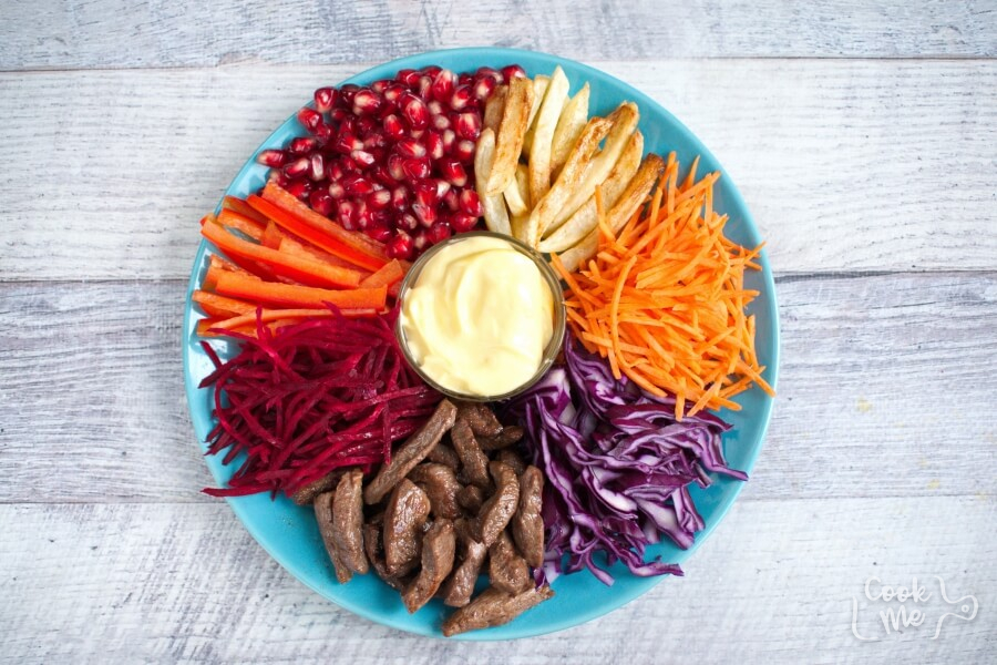 Beet and Pomegranate Kaleidoscope Salad recipe - step 3