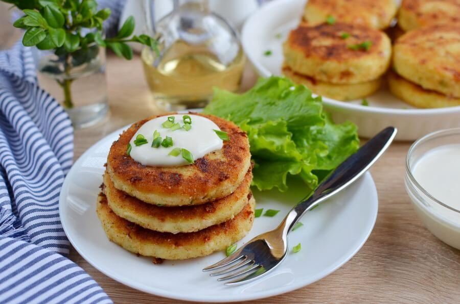 How to serve Cheesy Mashed Potato Pancakes