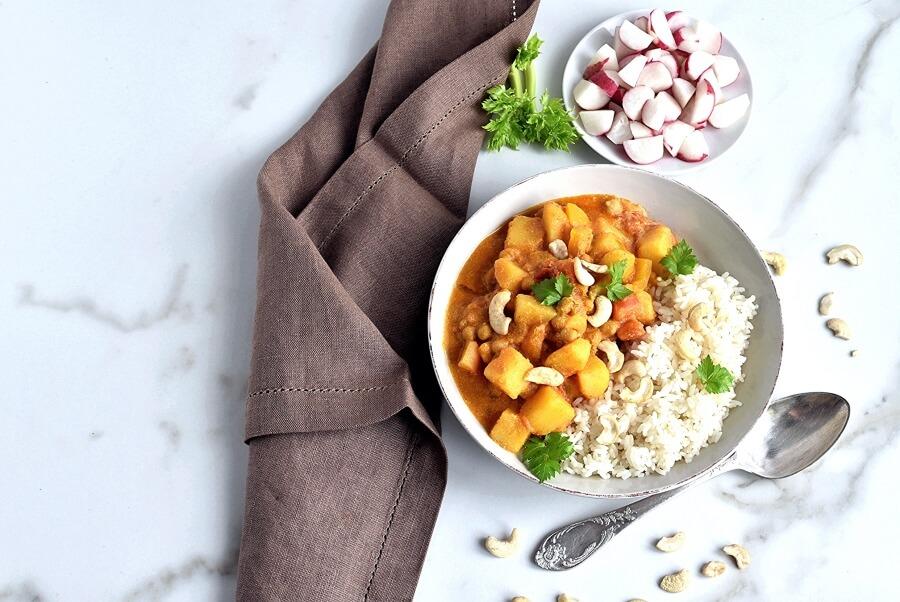 How to serve Creamy Vegan Korma