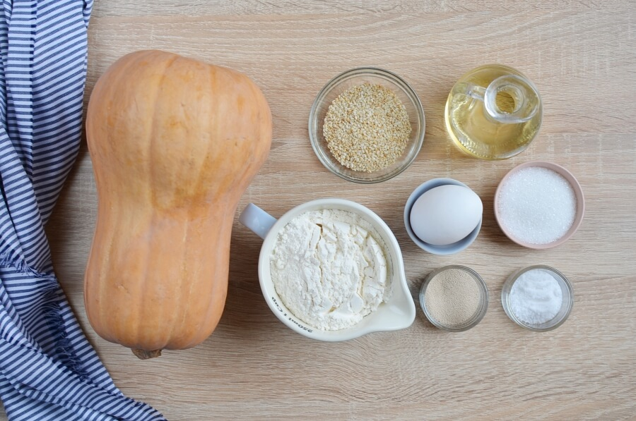 Ingridiens for Fluffy Butternut Squash Rolls