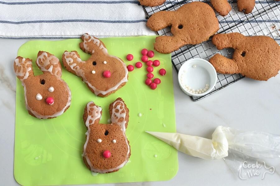 Gingerbread Reindeer Recipe recipe - step 14