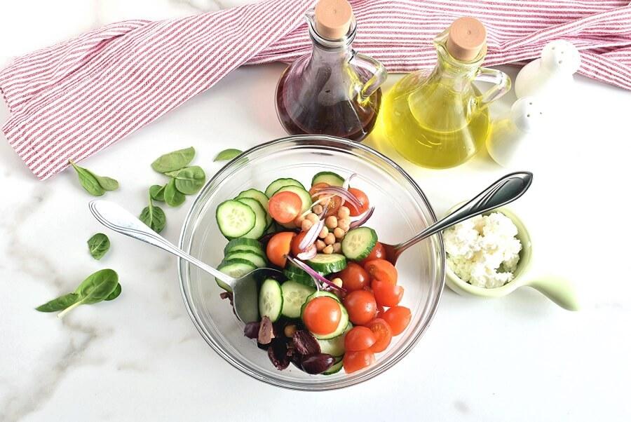 Greek Salad Wraps recipe - step 2