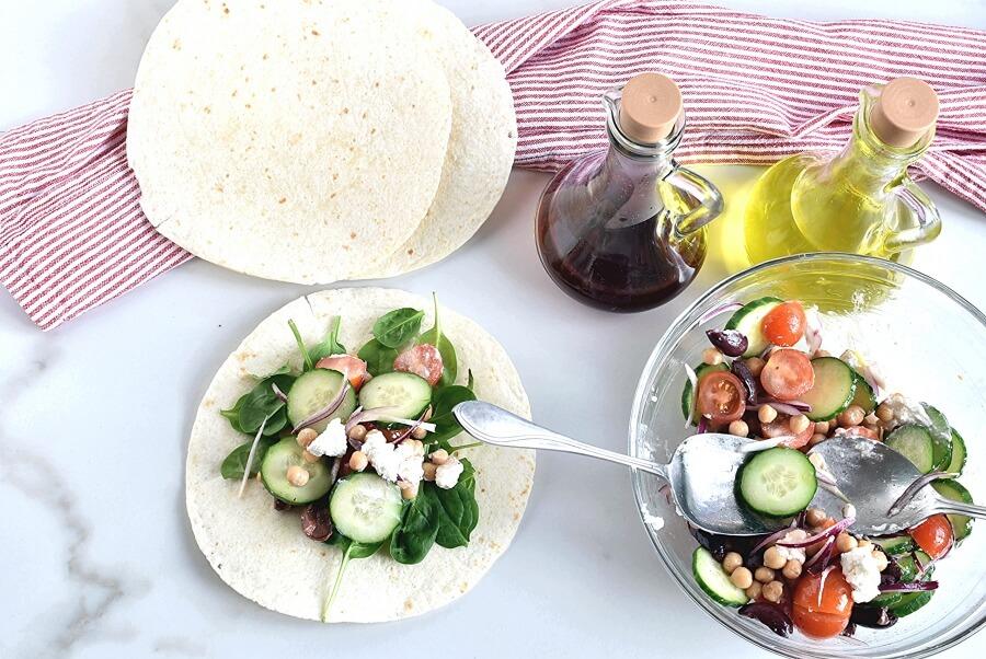 Greek Salad Wraps recipe - step 4