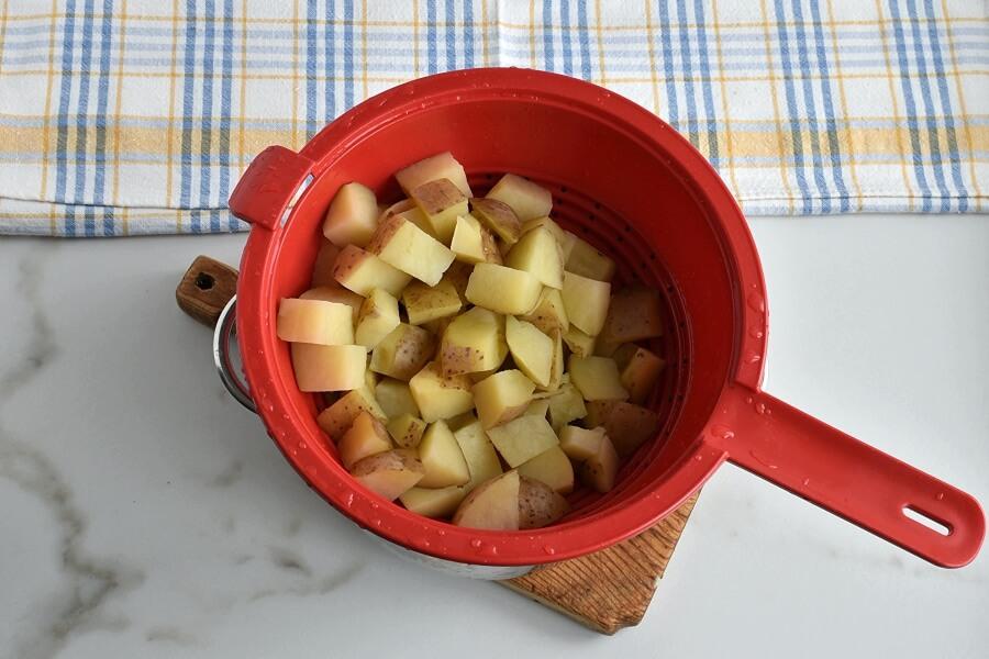 Ham Hock and Cabbage Hash recipe - step 1