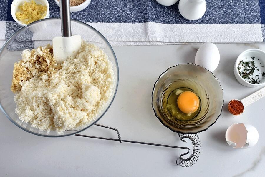 Herbed Cauliflower Quinoa Meatballs recipe - step 3