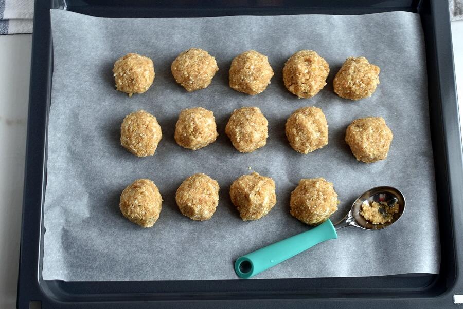 Herbed Cauliflower Quinoa Meatballs recipe - step 5
