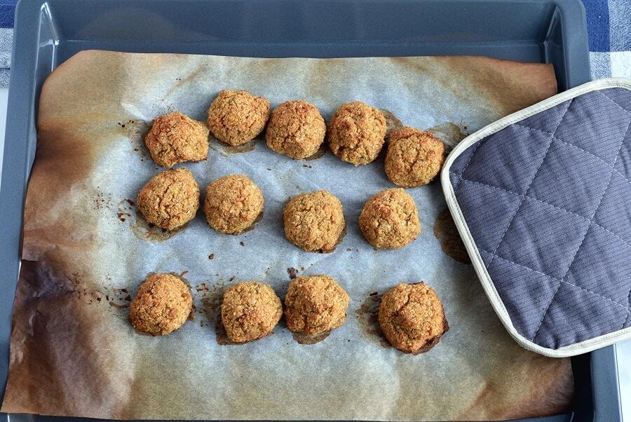 Herbed Cauliflower Quinoa Meatballs recipe - step 6