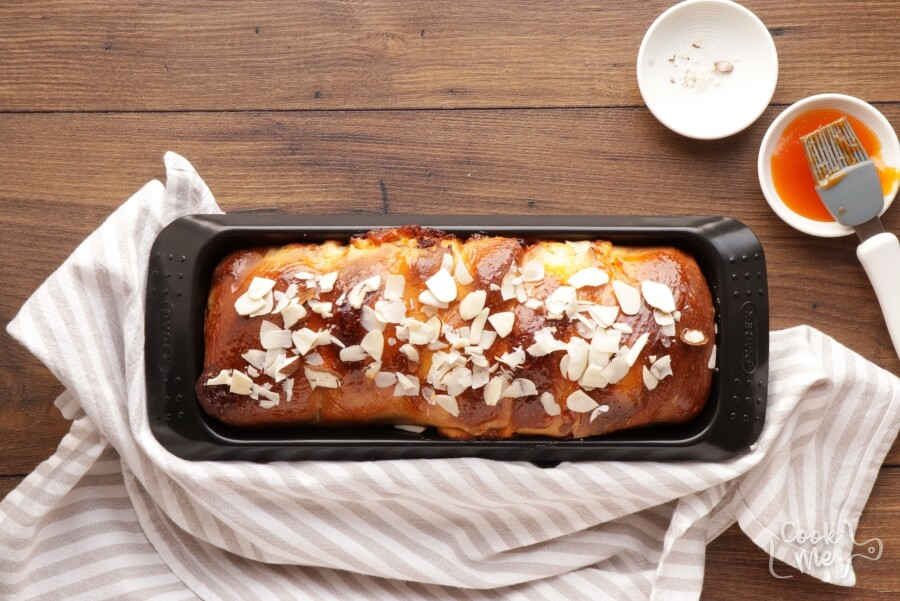 Herbed Goat Cheese and Apricot Babka recipe - step 15
