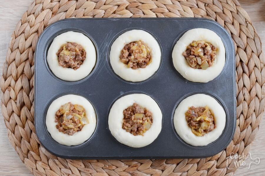 Homemade Cheeseburger Muffins recipe - step 7