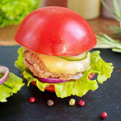 Keto Tomato Cheeseburger Without the Bun Recipe-Keto Bunless Burger Recipe-Carbs In Cheeseburger No Bun