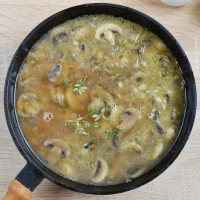 Mushroom Stroganoff recipe - step 6