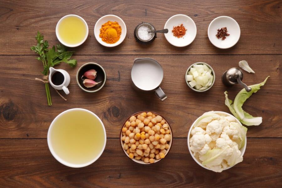 Ingridiens for One Pot Turmeric Cauliflower Soup