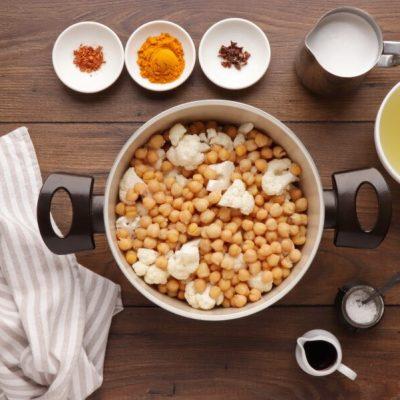 One Pot Turmeric Cauliflower Soup recipe - step 3