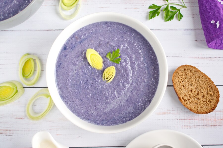 How to serve Red Cabbage Soup