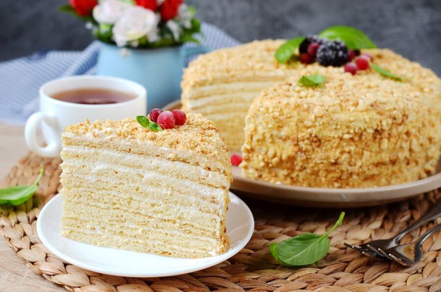 Russian Honey Cake (Medovik) Recipe-How To Make Russian Honey Cake (Medovik)-Delicious Russian Honey Cake (Medovik)