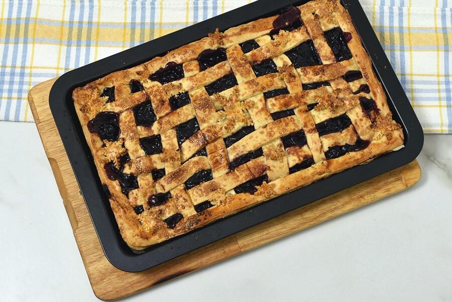Sheet Pan Cherry Pie recipe - step 10