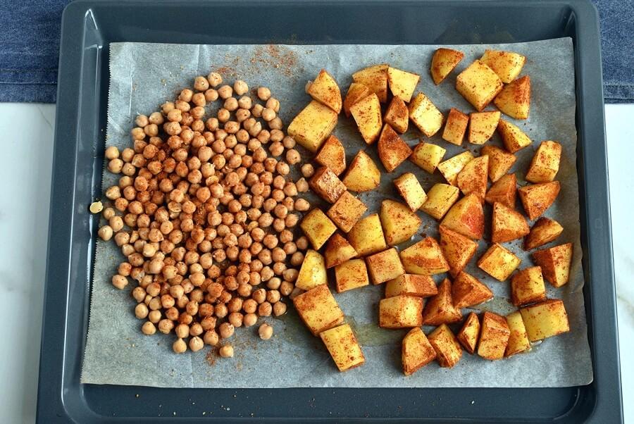 Tandoori Chicken Bowls with Peanut Sauce recipe - step 3