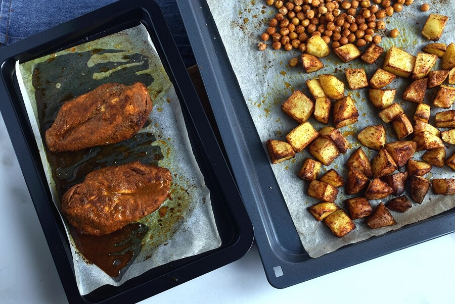 Tandoori Chicken Bowls with Peanut Sauce recipe - step 4