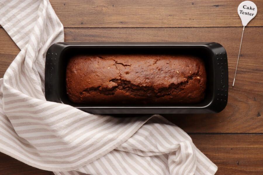 Vegan Gingerbread Cake with Triple Ginger recipe - step 7