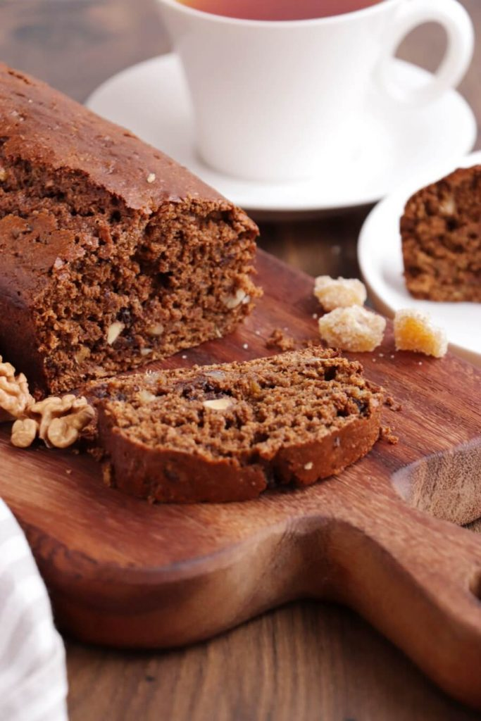 Vegan Gingerbread Baking