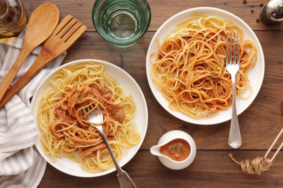 How to serve 5 Minute Vegan Sun-Dried Tomato Alfredo
