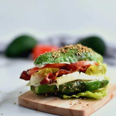 Avocado Bun BLT Recipe-Homemade Avocado Bun BLT-Easy Avocado Bun BLT