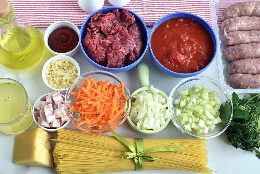 Ingridiens for Best Spaghetti Bolognese