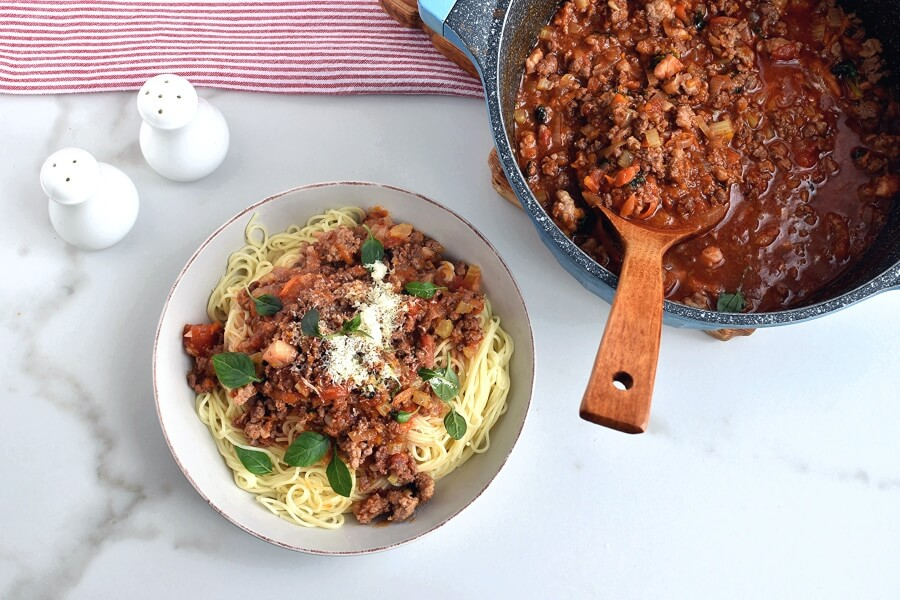 How to serve Best Spaghetti Bolognese