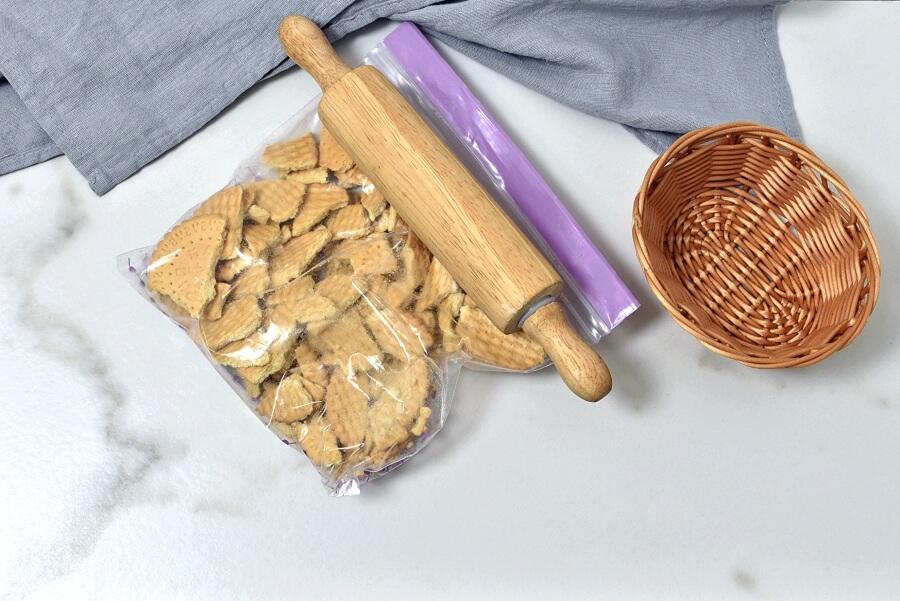 Caramel Mountain Top Cheesecake recipe - step 2