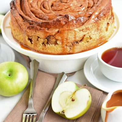 Cinnamon Swirl Topped Apple Cake Recipe-Homemade Cinnamon Swirl Topped Apple Cake -Delicious Cinnamon Swirl Topped Apple Cake