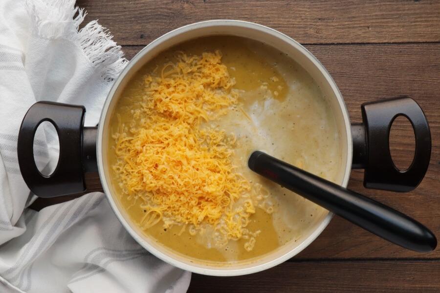 Creamy Broccoli and Butternut Squash Soup recipe - step 6
