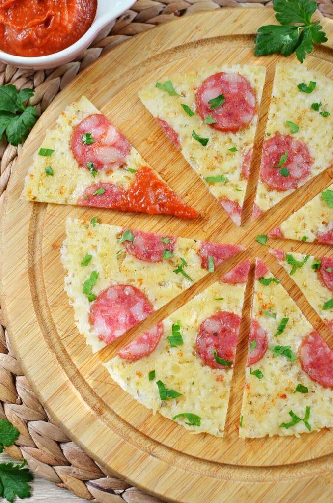Crustless Pepperoni Pizza Keto