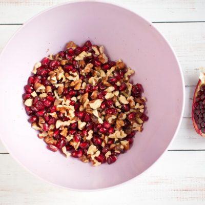 Dark Chocolate Walnut Pomegranate Clusters recipe - step 2