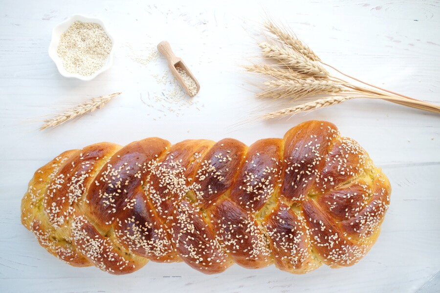 Easy Challah Bread Recipe-How to Make Challah-Challah Bread Recipe