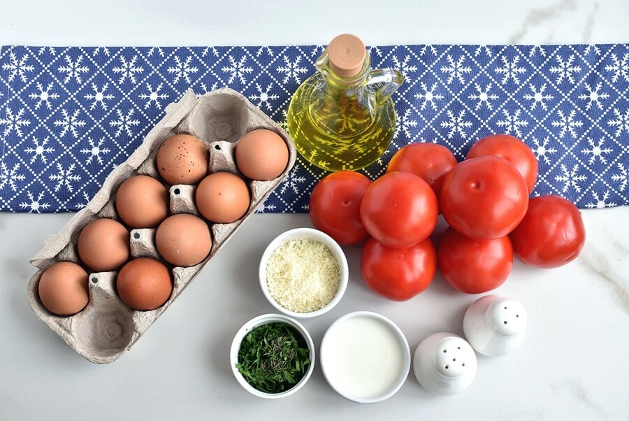Ingridiens for Low Carb Eggs Baked in Tomatoes