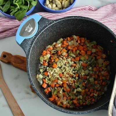 Gnocchi Vegetable Soup with Pesto and Parmesan recipe - step 2